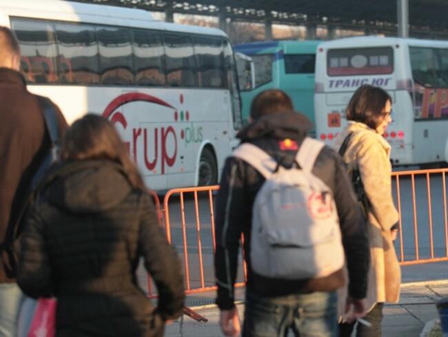 Румънските туристи са най-многобройни през април в България