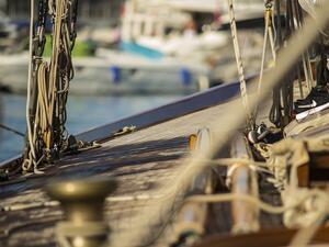 Моряците, които са плавали под български флаг, да придобиват право