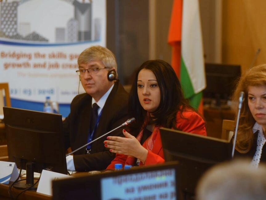 Министър Павлова: На първо място са образованието и Единния цифров пазар