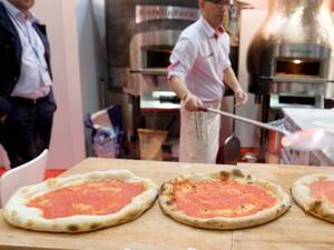 Американците си купуват пицата през Македония