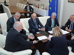 Борисов и синдикатите обсъдиха как да бъдат увеличени доходите на хората