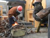 Растежът на на заплатите в България се забавя рязко