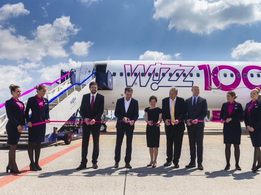 Флотилията на Wizz Air набъбна до 100 самолета