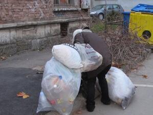 Около 4-5 хиляди са събирачите на дребно на отпадъци в София