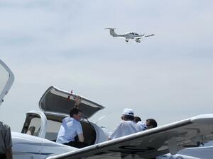Малък едномоторен самолет с четирима души на борда се разби в Шумен