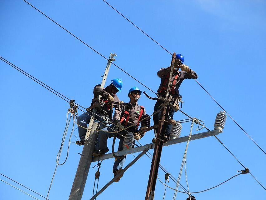 ЧЕЗ обясни проблемите с тока в Казичене с бурите и аварии в чужди съоръжения
