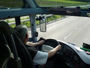 Превишената скорост, агресията и невниманието на шофьорите са основни рискове на пътя