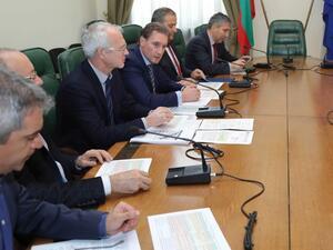 Бизнесът иска среща с премиера Борисов заради отказа от отпадане на тавана за пенсиите