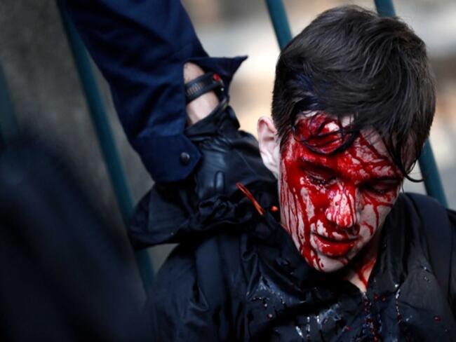 Повече от 150 хил. излязоха на протест в защита на френския социален модел