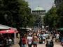 Населението на България намалява с 49 995 души на година