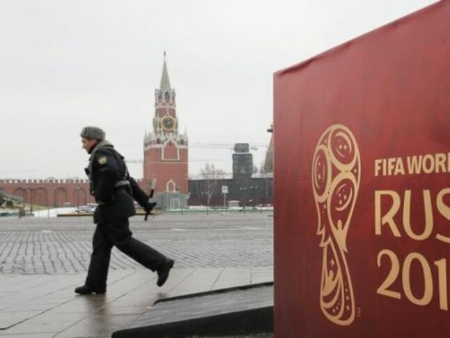 Световното по футбол вкарало $14 млрд. в руската икономика