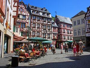 Близо 7 млн. души в Германия са силно задлъжнели -