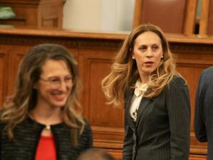 Вицепремиерът Марияна Николова ще председателства Тристранната комисия