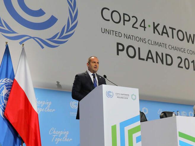 Радев: Ако искаме екологична енергия, Европа да не пречи на руските доставки на газ за България