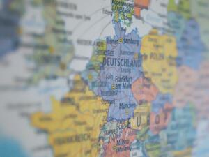 """""""Блумбърг"""": Европа още не е готова за валутен съюз"""