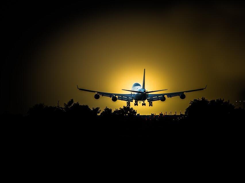 Приложение на Google предсказва закъснения на полети