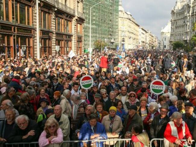 Виктор Орбан обяви данъчни облекчения за многодетните семейства