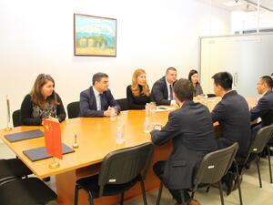 Министър Ангелкова се срещна с ръководството на водещ китайски туроператор