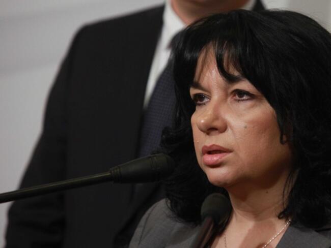 Петкова: Държавата няма вина за шоковите цени на енергийната борса