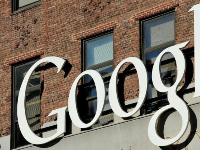"""Франция готви данък за технологични гиганти като """"Гугъл"""", """"Ейпъл"""" и """"Фейсбук"""""""