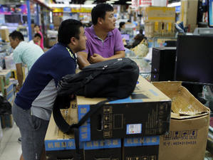 Общите продажби на персонални компютри в световен мащаб са намалели
