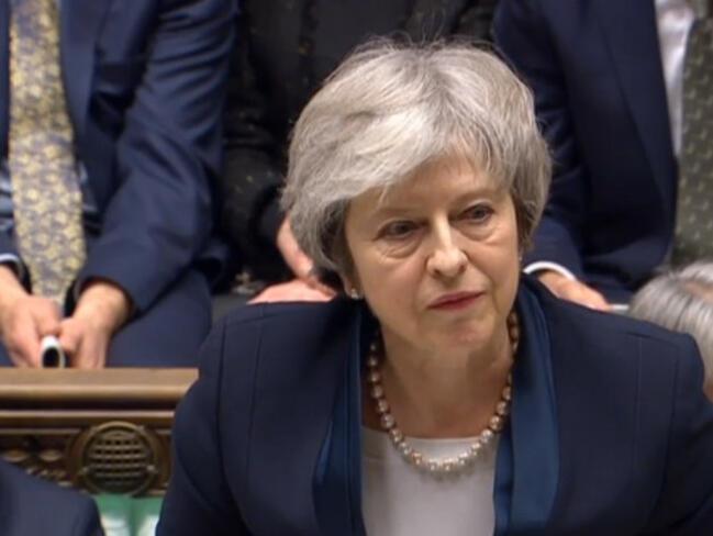 Британският парламент категорично отхвърли сделката на Мей за Брекзит