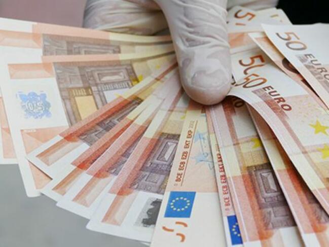 """Германия разследва """"руска"""" схема за пране на пари"""