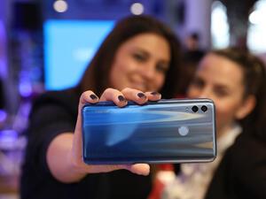 HONOR представи официално смартфона HONOR 10 Lite, и стилния HONOR Watch в България