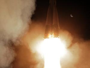 Русия се готви да добива полезни изкопаеми на Луната