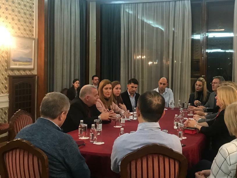 Министър Ангелкова обсъди със сръбския бизнес общи туристически продукти