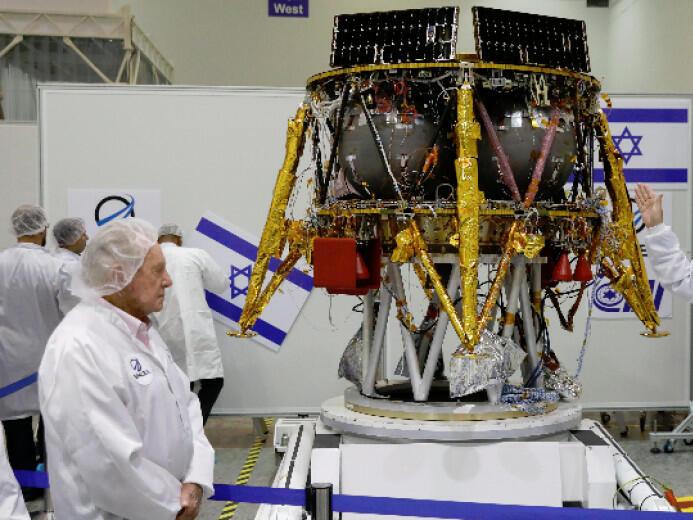 Израелска компания изстрелва до дни първия частен апарат към Луната