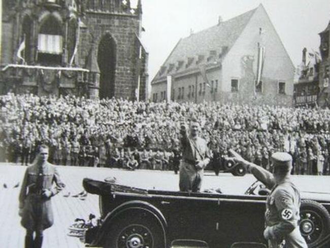Над 2 хил. души по целия свят получават пенсии, отпуснати лично от Хитлер