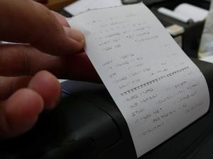 Мобилното приложение на приходната агенция вече следи дали касовите бележки са истински