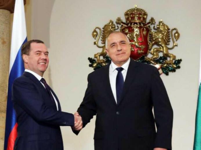 Борисов и Медведев откриват българо-руски бизнес форум в областта на туризма