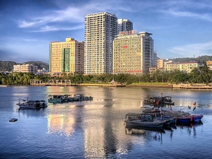 Китайска провинция забранява бензиновите и дизелови автомобили през 2030 г.