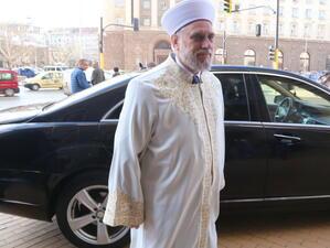 Мустафа Хаджи: Главният мюфтия не се занимава със счетоводство