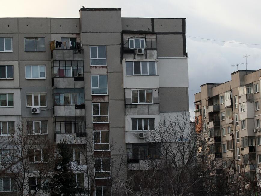 Прокуратурата откри нарушения при продажбата и наемането на общински жилища
