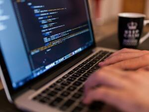 Проучване: 40% от напускащите работа у нас посочват бърнаута като причина