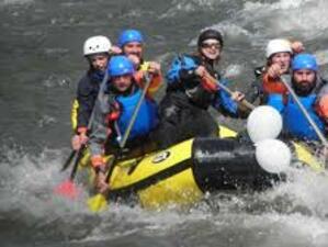 Снимка: Откриха рафтинг сезона по река Струма