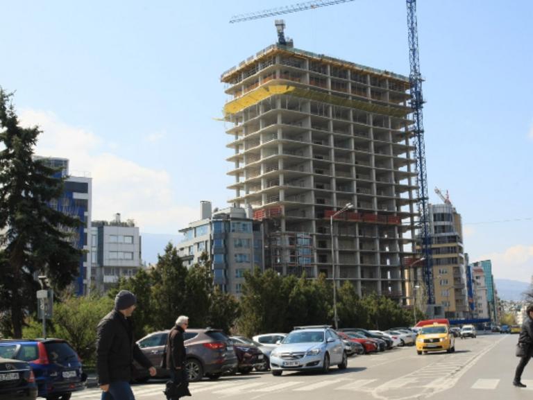 """ДНСК прехвърли топката за """"Златен век"""" на главния архитект"""