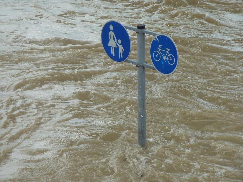 Наводнения през март удариха световната икономика с $8 млрд.