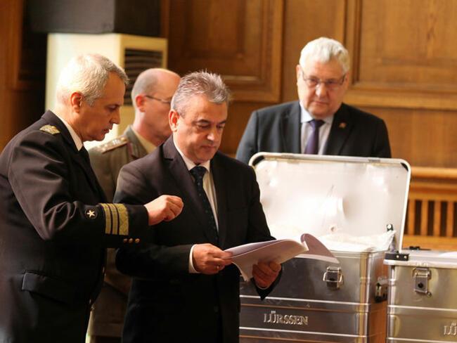 3 компании продължават в процедурата за доставка на 2 военни кораба за 1 млрд. лв.