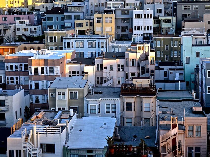 С над 11 на сто повече жилищни сгради са въведени в експлоатация до март