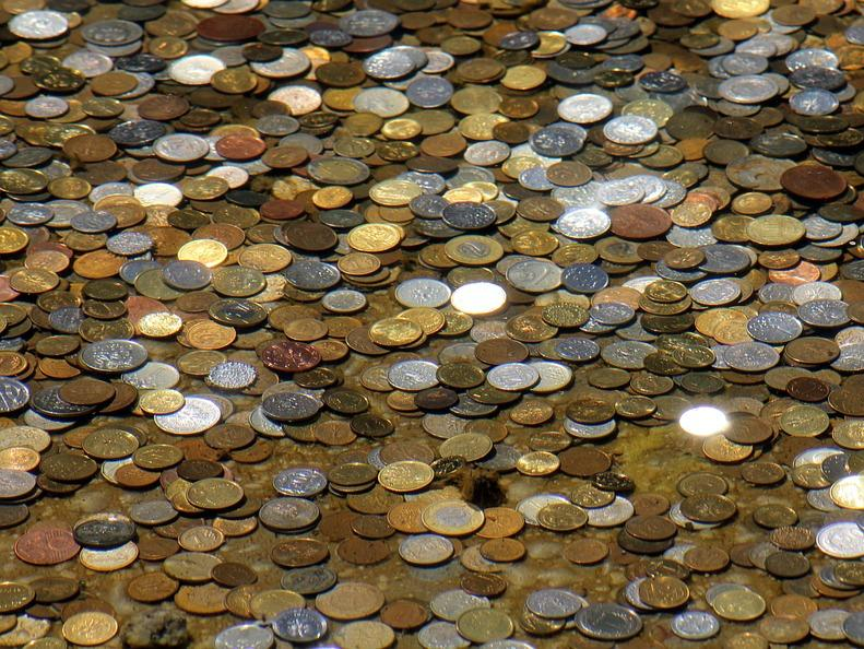 Излишъкът по консолидираната фискална програма в края на първото тримесечие е 1.80 млрд. лева