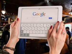 """""""Гугъл"""" ще показва реклами при търсенето на изображения и в Google Maps"""