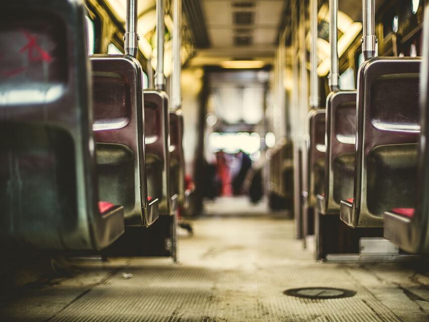 БДЖ осигурява над 8 000 допълнителни места във влаковете за почивните дни