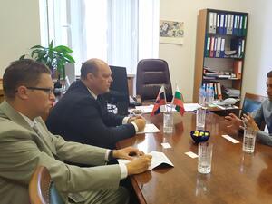 Задълбочаването на контактите между България и Словакия е ключово за