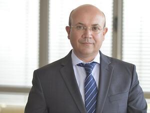 Снимка: Доц. д-р Маню Моравенов ще бъде новият изпълнителен директор на БФБ