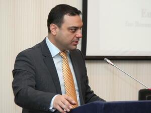 Министър Ивайло Московски е пострадал при катастрофа