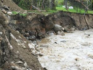 Проливни дъждове парализираха Кюстендилско и Разложко